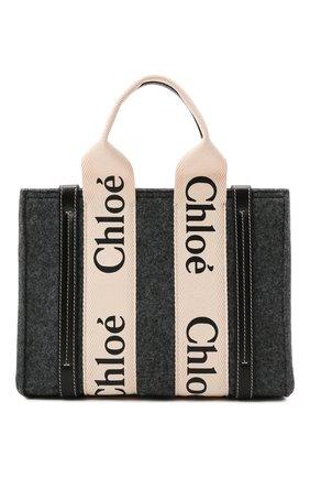 Женский сумка-тоут woody mini CHLOÉ серого цвета, арт. CHC21WS397F37   Фото 1 (Материал: Текстиль; Ремень/цепочка: На ремешке; Размер: mini; Сумки-технические: Сумки-шопперы)