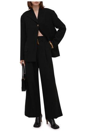 Женские брюки AERON черного цвета, арт. P172_365   Фото 2 (Материал внешний: Синтетический материал; Материал подклада: Синтетический материал; Длина (брюки, джинсы): Стандартные; Женское Кросс-КТ: Джоггеры - брюки; Силуэт Ж (брюки и джинсы): Широкие; Стили: Кэжуэл)