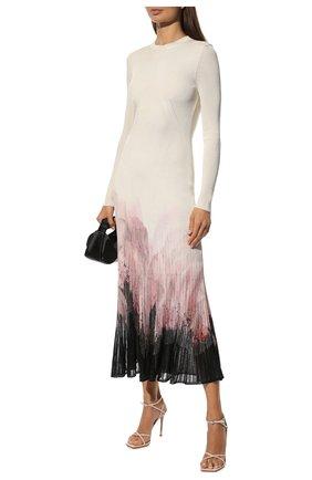 Женское платье из вискозы ALEXANDER MCQUEEN кремвого цвета, арт. 679383/Q1AWG | Фото 2 (Длина Ж (юбки, платья, шорты): Миди; Материал подклада: Синтетический материал; Рукава: Длинные; Материал внешний: Вискоза; Женское Кросс-КТ: Платье-одежда; Случай: Вечерний; Стили: Романтичный)