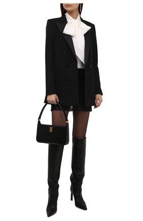 Женская шелковая блузка SAINT LAURENT молочного цвета, арт. 669023/Y6D34 | Фото 2 (Рукава: Длинные; Материал внешний: Шелк; Длина (для топов): Стандартные; Женское Кросс-КТ: Блуза-одежда; Принт: Без принта; Стили: Романтичный)