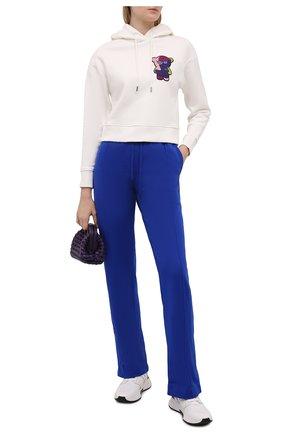 Женские брюки TOM FORD синего цвета, арт. PAK043-YAX311 | Фото 2 (Материал внешний: Синтетический материал, Шелк; Длина (брюки, джинсы): Стандартные; Женское Кросс-КТ: Брюки-одежда; Силуэт Ж (брюки и джинсы): Прямые; Стили: Спорт-шик)