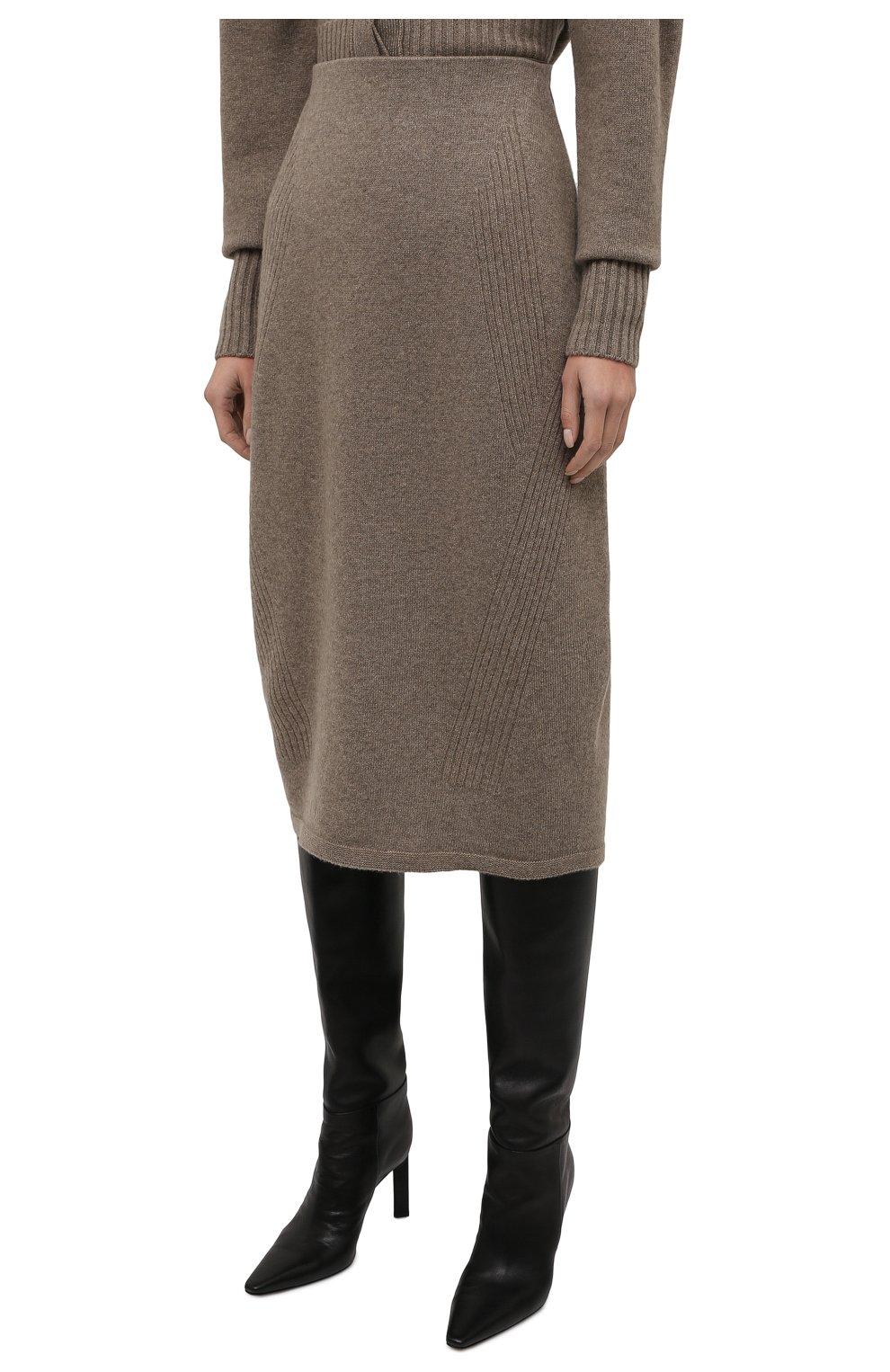 Женская юбка из шерсти и кашемира LOW CLASSIC бежевого цвета, арт. L0W21FW_KN05LK   Фото 3 (Материал внешний: Шерсть; Кросс-КТ: Трикотаж; Женское Кросс-КТ: Юбка-одежда; Длина Ж (юбки, платья, шорты): Миди; Стили: Кэжуэл)