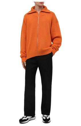 Мужской шерстяной кардиган PALM ANGELS оранжевого цвета, арт. PMHA044F21KNI0016637 | Фото 2 (Материал внешний: Шерсть; Длина (для топов): Удлиненные; Рукава: Длинные; Мужское Кросс-КТ: Кардиган-одежда; Стили: Гранж; Shop in Shop M: Свитеры)