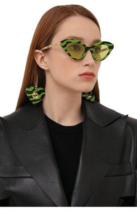 Женские солнцезащитные очки GUCCI зеленого цвета, арт. GG0978S 006 | Фото 2 (Тип очков: С/з; Очки форма: Cat-eye)