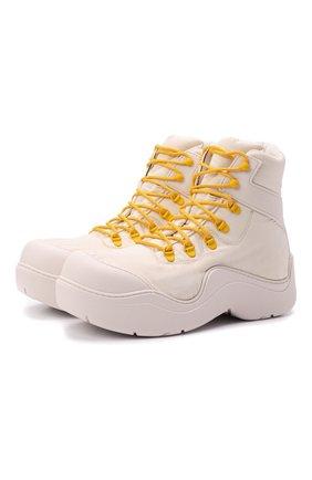 Мужские текстильные ботинки puddle bomber BOTTEGA VENETA белого цвета, арт. 667064/VBSD7 | Фото 1 (Материал внешний: Текстиль; Мужское Кросс-КТ: Ботинки-обувь; Материал внутренний: Текстиль; Подошва: Массивная)