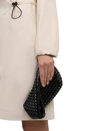 Женский клатч structure small BOTTEGA VENETA черного цвета, арт. 680562/V1GN0   Фото 2 (Женское Кросс-КТ: Клатч-клатчи; Материал: Натуральная кожа; Размер: small)