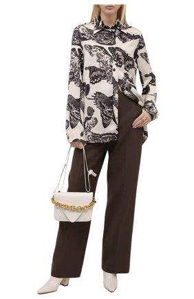 Женская рубашка из вискозы JIL SANDER черно-белого цвета, арт. JSWT606206-WT380430 | Фото 2 (Длина (для топов): Удлиненные; Рукава: Длинные; Материал внешний: Вискоза; Стили: Минимализм; Женское Кросс-КТ: Рубашка-одежда)
