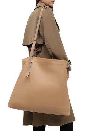 Женский сумка-тоут messenger large BURBERRY бежевого цвета, арт. 8046526 | Фото 2 (Размер: large; Материал: Натуральная кожа; Сумки-технические: Сумки-шопперы)