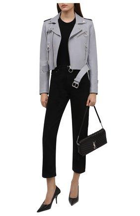 Женская кожаная куртка OFF-WHITE серого цвета, арт. 0WJG002F21LEA001 | Фото 2 (Материал подклада: Вискоза; Стили: Гламурный; Женское Кросс-КТ: Замша и кожа; Кросс-КТ: Куртка; Рукава: Длинные; Длина (верхняя одежда): Короткие)