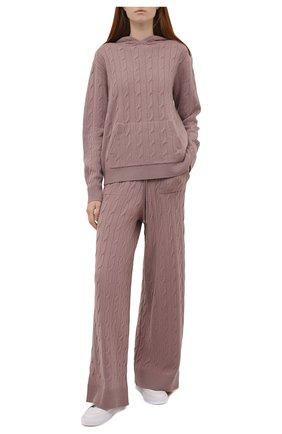 Женские кашемировые брюки RALPH LAUREN светло-розового цвета, арт. 290845520   Фото 2 (Материал внешний: Шерсть, Кашемир; Стили: Кэжуэл; Кросс-КТ: Трикотаж; Женское Кросс-КТ: Брюки-одежда; Силуэт Ж (брюки и джинсы): Широкие; Длина (брюки, джинсы): Стандартные)