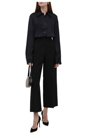 Женская рубашка из вискозы JIL SANDER темно-синего цвета, арт. JSWT605306-WT381500 | Фото 2 (Материал внешний: Вискоза; Стили: Минимализм; Принт: Без принта; Женское Кросс-КТ: Рубашка-одежда; Рукава: Длинные; Длина (для топов): Стандартные, Удлиненные)