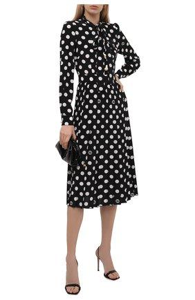 Женское шелковое платье DOLCE & GABBANA черно-белого цвета, арт. F6R2ST/IS1I8 | Фото 2 (Рукава: Длинные; Материал внешний: Шелк; Стили: Романтичный; Случай: Вечерний; Женское Кросс-КТ: Платье-одежда; Длина Ж (юбки, платья, шорты): До колена)