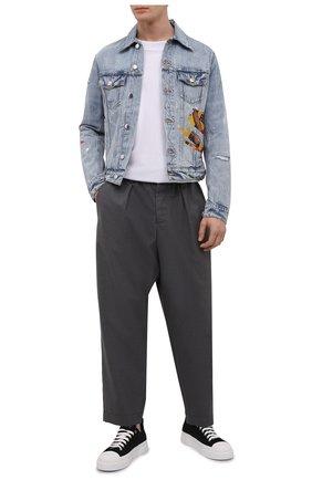 Мужская джинсовая куртка AMIRI голубого цвета, арт. MDT012-489   Фото 2 (Материал внешний: Хлопок; Рукава: Длинные; Длина (верхняя одежда): Короткие; Кросс-КТ: Куртка, Деним; Стили: Гранж)