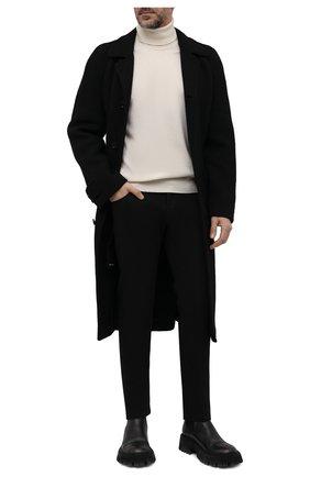 Мужские джинсы KITON черного цвета, арт. UPNJS/J0359A   Фото 2 (Материал внешний: Хлопок; Кросс-КТ: Деним; Силуэт М (брюки): Прямые; Стили: Кэжуэл; Длина (брюки, джинсы): Стандартные)