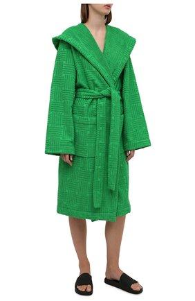 Женский хлопковый халат BOTTEGA VENETA зеленого цвета, арт. 656096/3V106   Фото 2 (Материал внешний: Хлопок; Рукава: Длинные; Длина Ж (юбки, платья, шорты): До колена)