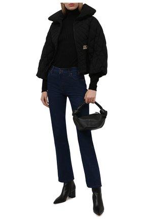 Женская пуховая куртка DOLCE & GABBANA черного цвета, арт. F9J21Z/G7YZV | Фото 2 (Рукава: Длинные; Материал внешний: Синтетический материал; Материал подклада: Синтетический материал; Длина (верхняя одежда): Короткие; Материал утеплителя: Пух и перо; Стили: Спорт-шик; Кросс-КТ: Куртка; Женское Кросс-КТ: Пуховик-куртка)