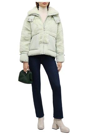 Женская утепленная куртка VEGANCODE светло-зеленого цвета, арт. BJ18099   Фото 2 (Материал подклада: Синтетический материал; Материал внешний: Синтетический материал; Рукава: Длинные; Длина (верхняя одежда): Короткие; Кросс-КТ: Куртка; Стили: Спорт-шик)