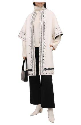Женское пальто из шерсти и кашемира VALENTINO белого цвета, арт. WB3CA5W815E   Фото 2 (Материал подклада: Синтетический материал; Длина (верхняя одежда): До колена; Рукава: 3/4; Материал внешний: Шерсть; 1-2-бортные: Однобортные; Стили: Гламурный)