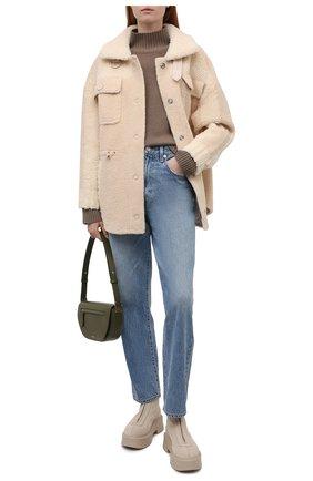 Женская куртка VEGANCODE бежевого цвета, арт. BJ18095   Фото 2 (Материал внешний: Синтетический материал; Кросс-КТ: Куртка; Рукава: Длинные; Стили: Кэжуэл; Длина (верхняя одежда): Короткие)
