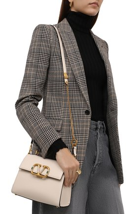 Женская сумка vsling  small VALENTINO кремвого цвета, арт. WW0B0F53/WFD   Фото 2 (Ремень/цепочка: На ремешке; Материал: Натуральная кожа; Размер: small; Сумки-технические: Сумки top-handle)