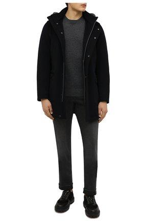 Мужские джинсы с отделкой из кожи аллигатора ZILLI темно-серого цвета, арт. MCW-00080-DBLC1/S001   Фото 2 (Длина (брюки, джинсы): Стандартные; Материал внешний: Хлопок; Кросс-КТ: Деним; Силуэт М (брюки): Прямые; Стили: Кэжуэл)