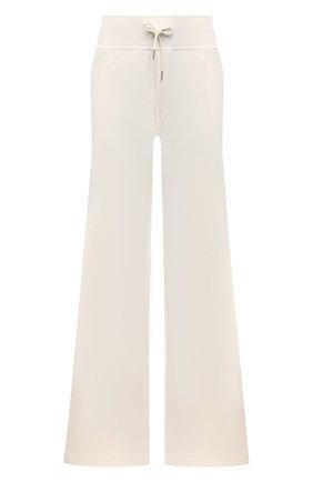 Женские хлопковые брюки RALPH LAUREN кремвого цвета, арт. 290845529 | Фото 1 (Длина (брюки, джинсы): Удлиненные; Материал внешний: Хлопок; Стили: Кэжуэл; Женское Кросс-КТ: Брюки-одежда; Кросс-КТ: Трикотаж; Силуэт Ж (брюки и джинсы): Расклешенные)