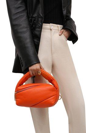 Женская сумка pump pouch OFF-WHITE оранжевого цвета, арт. 0WNP007F21LEA001   Фото 2 (Материал: Натуральная кожа; Размер: medium, small; Сумки-технические: Сумки top-handle; Ремень/цепочка: На ремешке)