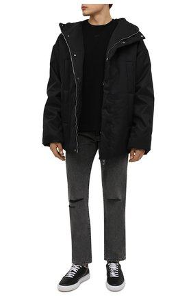 Мужские джинсы OFF-WHITE серого цвета, арт. 0MYA128F21DEN001   Фото 2 (Материал внешний: Хлопок; Кросс-КТ: Деним; Силуэт М (брюки): Прямые; Стили: Гранж; Длина (брюки, джинсы): Стандартные)