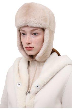 Женская шапка-ушанка из меха норки KUSSENKOVV светло-бежевого цвета, арт. 099600012093 | Фото 2 (Материал: Натуральный мех)