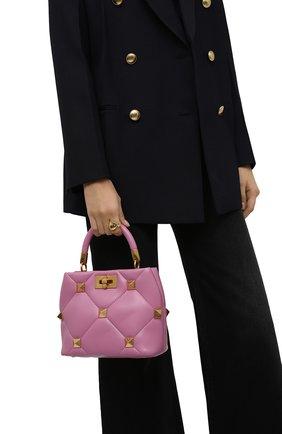 Женская сумка roman stud small VALENTINO розового цвета, арт. WW0B0I97/BSF   Фото 2 (Материал: Натуральная кожа; Сумки-технические: Сумки top-handle, Сумки через плечо; Ремень/цепочка: На ремешке; Размер: small)