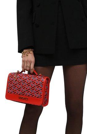 Женская сумка monogram VERSACE красного цвета, арт. 1001908/1A02129 | Фото 2 (Материал: Экокожа; Сумки-технические: Сумки top-handle, Сумки через плечо; Размер: small; Ремень/цепочка: На ремешке)