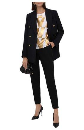 Женская хлопковая футболка VALENTINO золотого цвета, арт. WB0MG15L6RC   Фото 2 (Рукава: Короткие; Материал внешний: Хлопок; Длина (для топов): Стандартные; Женское Кросс-КТ: Футболка-одежда; Принт: С принтом; Стили: Гламурный)