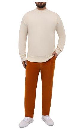 Мужские хлопковые брюки HILTL оранжевого цвета, арт. PARMA/74818/60-70 | Фото 2 (Материал внешний: Хлопок; Длина (брюки, джинсы): Стандартные; Случай: Повседневный; Стили: Кэжуэл; Силуэт М (брюки): Чиносы; Big sizes: Big Sizes)