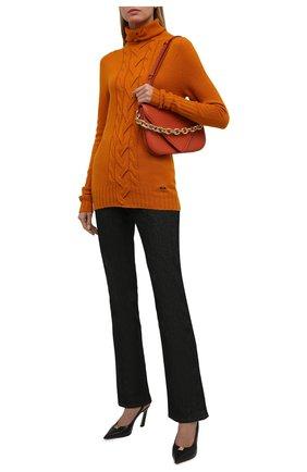 Женская кашемировая водолазка KITON оранжевого цвета, арт. D52723549 | Фото 2 (Длина (для топов): Стандартные; Рукава: Длинные; Материал внешний: Кашемир, Шерсть; Стили: Кэжуэл; Женское Кросс-КТ: Водолазка-одежда)