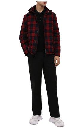 Мужская пуховая куртка HERNO красного цвета, арт. PI205UL/12594   Фото 2 (Материал внешний: Вискоза, Синтетический материал; Рукава: Длинные; Материал утеплителя: Пух и перо; Материал подклада: Синтетический материал; Длина (верхняя одежда): Короткие; Кросс-КТ: Куртка; Мужское Кросс-КТ: пуховик-короткий; Стили: Гранж)