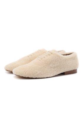 Женская меховые туфли jessie CHLOÉ кремвого цвета, арт. CHC21W545V8   Фото 1 (Материал внешний: Натуральный мех; Каблук высота: Низкий; Подошва: Плоская; Материал внутренний: Натуральная кожа; Каблук тип: Устойчивый)