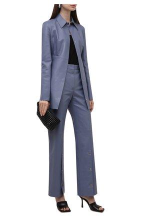 Женские кожаные брюки OFF-WHITE голубого цвета, арт. 0WJB019F21LEA001 | Фото 2 (Материал подклада: Вискоза; Длина (брюки, джинсы): Стандартные; Стили: Гламурный; Женское Кросс-КТ: Брюки-одежда; Силуэт Ж (брюки и джинсы): Прямые)