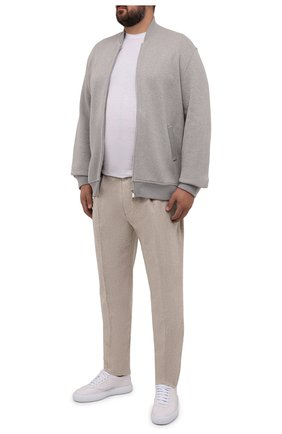 Мужской кардиган из шерсти и кашемира BRUNELLO CUCINELLI серого цвета, арт. MTU139072W   Фото 2 (Материал внешний: Шерсть; Мужское Кросс-КТ: Кардиган-одежда; Длина (для топов): Стандартные, Удлиненные; Рукава: Длинные; Стили: Кэжуэл)