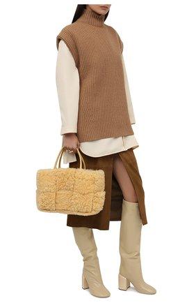 Женские кожаные сапоги JIL SANDER кремвого цвета, арт. JS37233A-14010 | Фото 2 (Подошва: Плоская; Высота голенища: Высокие; Материал внутренний: Натуральная кожа; Каблук высота: Высокий; Каблук тип: Устойчивый)