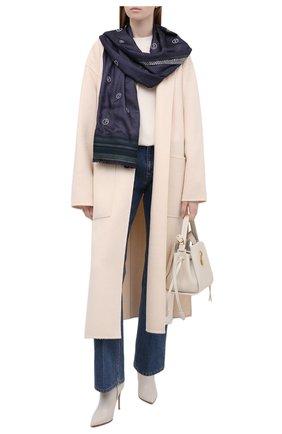 Женский шарф GIORGIO ARMANI темно-синего цвета, арт. 795211/1A130 | Фото 2 (Материал: Текстиль, Шелк, Вискоза)