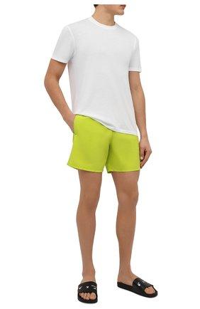 Мужские плавки-шорты VILEBREQUIN салатового цвета, арт. MOOC1A00/104 | Фото 2 (Материал внешний: Синтетический материал; Мужское Кросс-КТ: плавки-шорты; Принт: Без принта)