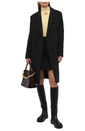 Женские кожаные сапоги strut BOTTEGA VENETA черного цвета, арт. 677308/V1A00 | Фото 2 (Каблук высота: Низкий; Подошва: Платформа; Материал внутренний: Натуральная кожа; Каблук тип: Устойчивый; Высота голенища: Высокие)