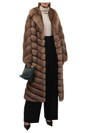 Женская шуба из меха соболя KUSSENKOVV светло-коричневого цвета, арт. 703670005515 | Фото 2 (Рукава: Длинные; Материал внешний: Натуральный мех; Длина (верхняя одежда): Длинные; Стили: Классический; Женское Кросс-КТ: Мех)