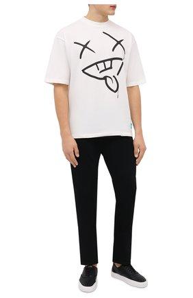 Мужская хлопковая футболка PHARMACY INDUSTRY белого цвета, арт. PHMSTMM327   Фото 2 (Длина (для топов): Стандартные; Рукава: Короткие; Материал внешний: Хлопок; Принт: С принтом; Стили: Гранж)