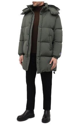 Мужская пуховик DIESEL зеленого цвета, арт. A03463/0AEAI | Фото 2 (Материал подклада: Синтетический материал; Рукава: Длинные; Материал внешний: Синтетический материал; Материал утеплителя: Пух и перо; Длина (верхняя одежда): До середины бедра; Кросс-КТ: Куртка; Мужское Кросс-КТ: пуховик-короткий; Стили: Милитари)