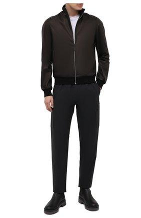 Мужской кожаный бомбер ANDREA CAMPAGNA темно-коричневого цвета, арт. 50202E1652600 | Фото 2 (Рукава: Длинные; Материал подклада: Шелк; Длина (верхняя одежда): Короткие; Кросс-КТ: Куртка; Принт: Без принта; Мужское Кросс-КТ: Кожа и замша; Стили: Классический)