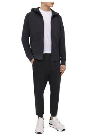 Мужские хлопковые джоггеры Y-3 темно-серого цвета, арт. HB3498/M   Фото 2 (Материал внешний: Хлопок; Длина (брюки, джинсы): Стандартные; Мужское Кросс-КТ: Брюки-трикотаж; Стили: Спорт-шик; Силуэт М (брюки): Джоггеры)