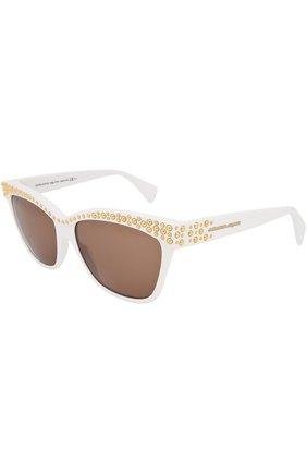 Солнцезащитные очки Alexander McQueen белые | Фото №2