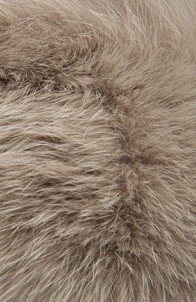 Шапка с отделкой из меха лисы   Фото №4