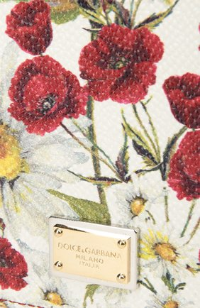 Обложка Dolce & Gabbana красного цвета | Фото №5